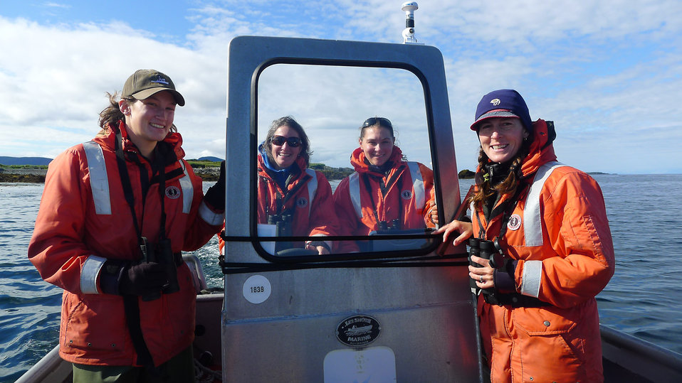 Volunteers with biologist Robin Corcoran: August 2012 Nearshore Marine Bird Survey