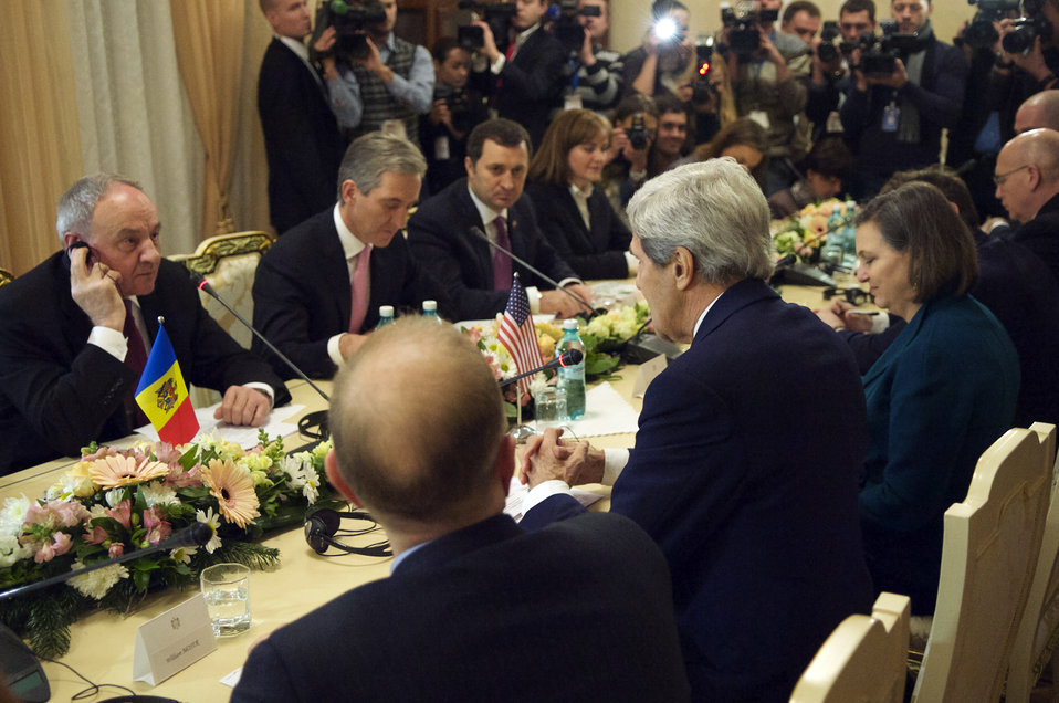 Secretary Kerry Addresses Moldovan President Timofti