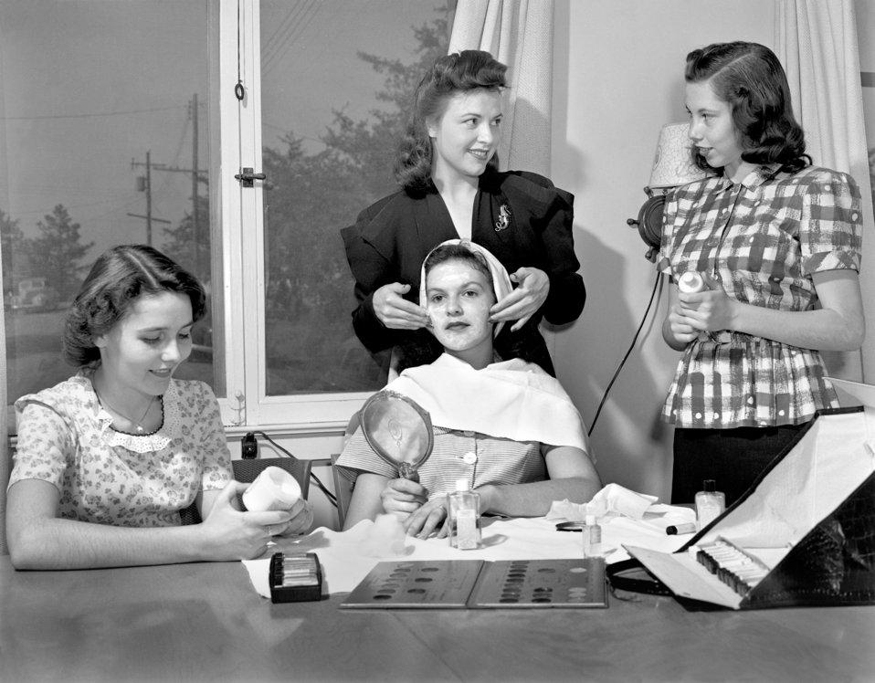 Charm School Oak Ridge 1947