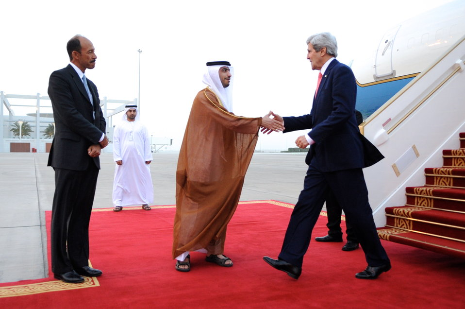 Secretary Kerry is Greeted Upon Arrival in UAE
