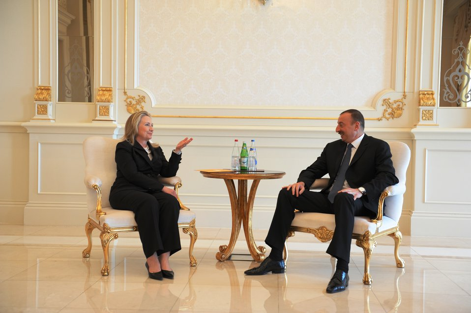 Secretary Clinton Meets With Azerbaijani President Aliyev