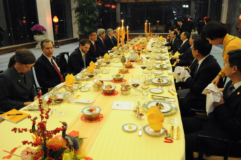 Secretary Kerry Dines With Chinese State Councilor Yang