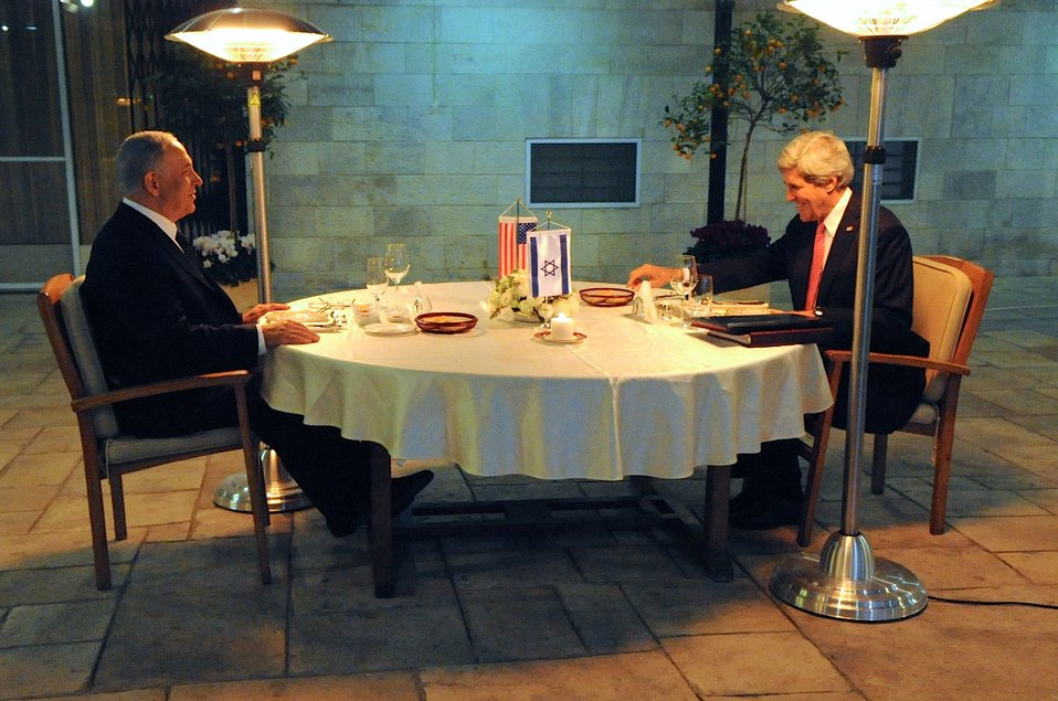 Israeli Prime Minister Netanyahu, Secretary Kerry Share Dinner in Jerusalem