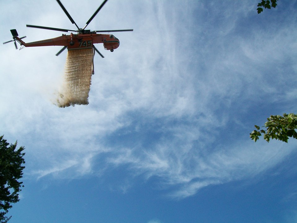 C 54 Sikorsky Sky Crane water drop