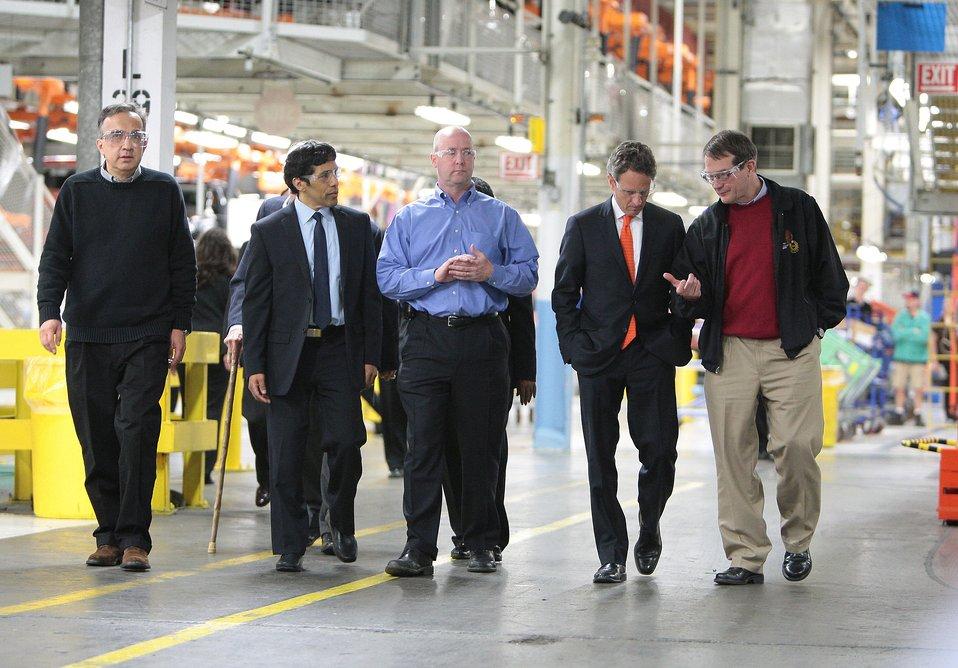 Secretary Geithner Visits Detroit