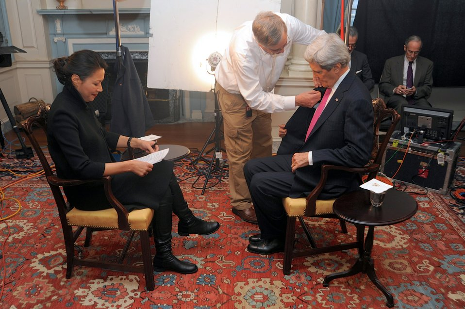 Secretary Kerry Prepares for Interview With NBC News Correspondent Curry