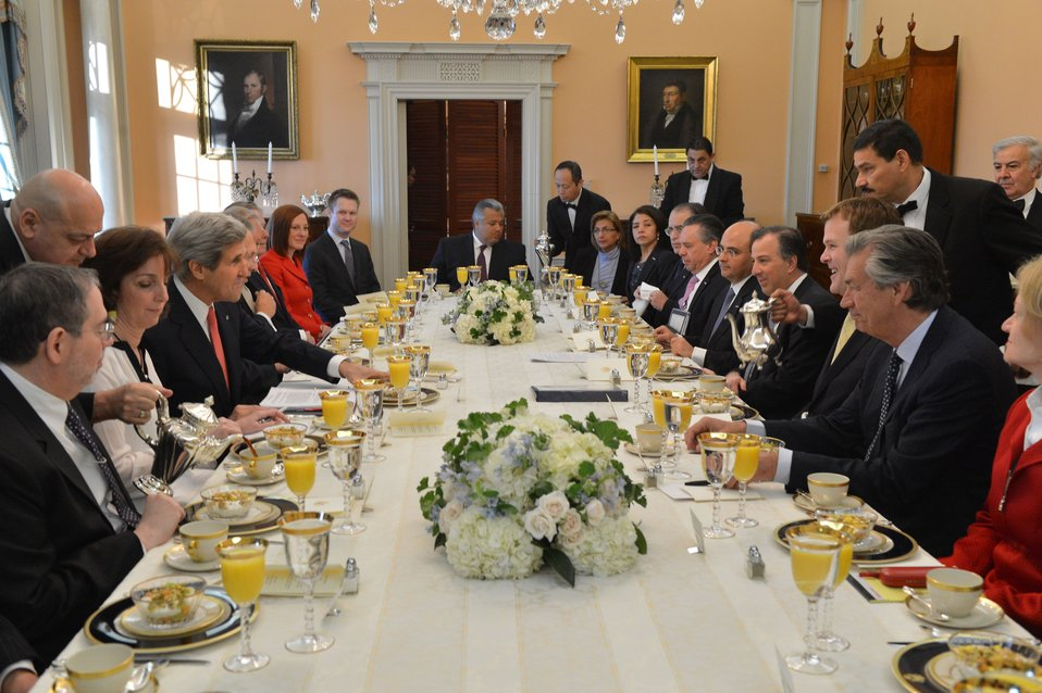 Secretary Kerry Hosts a Breakfast With His North American Counterparts