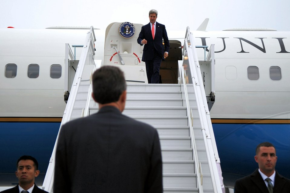 Secretary Kerry Arrives in Geneva for the P5 1 Talks