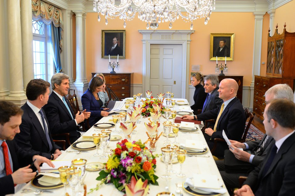 Secretary Kerry Meets With U.K. Foreign Secretary Hague