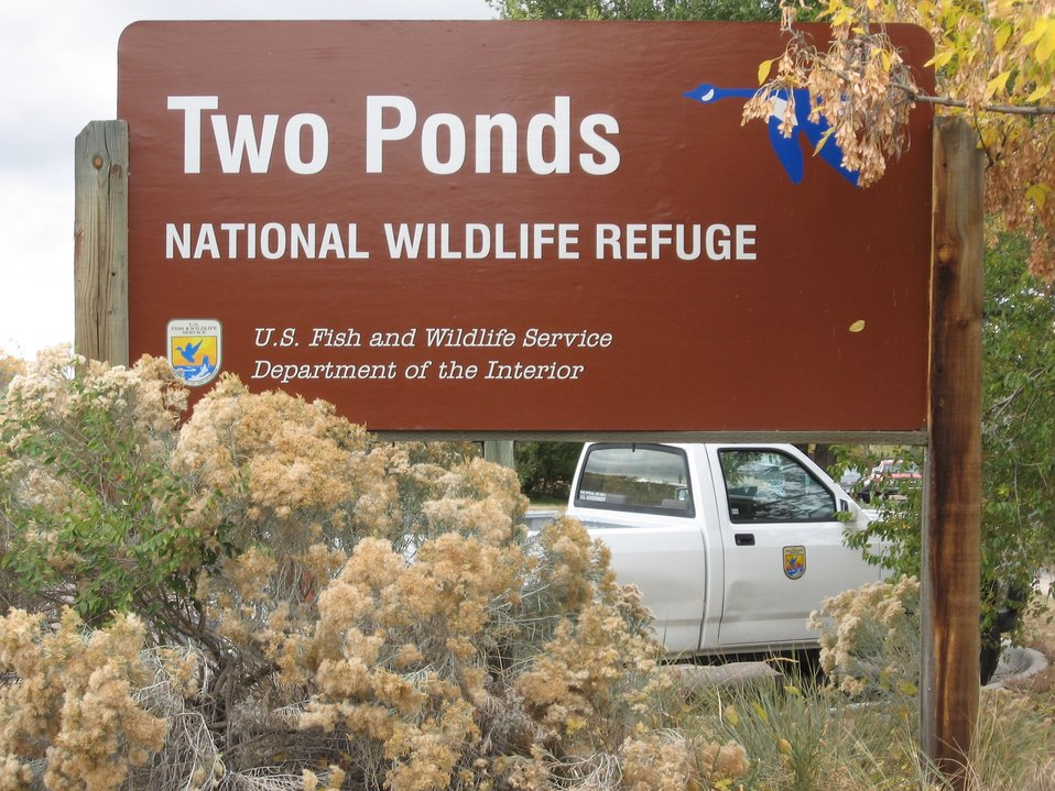 Two Ponds Sign and Truck
