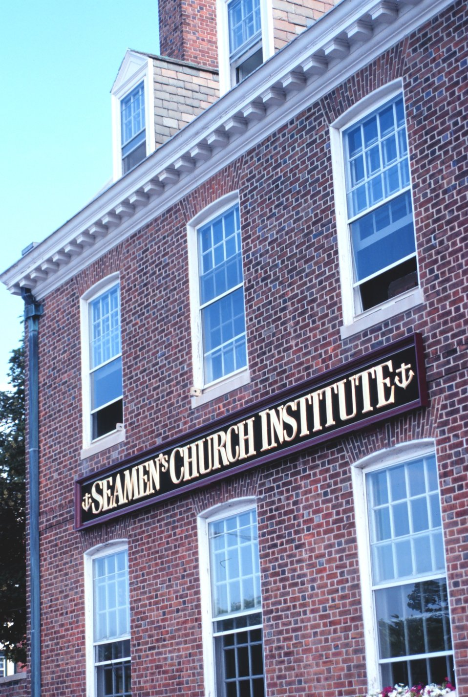 The Seamen's Church Institute