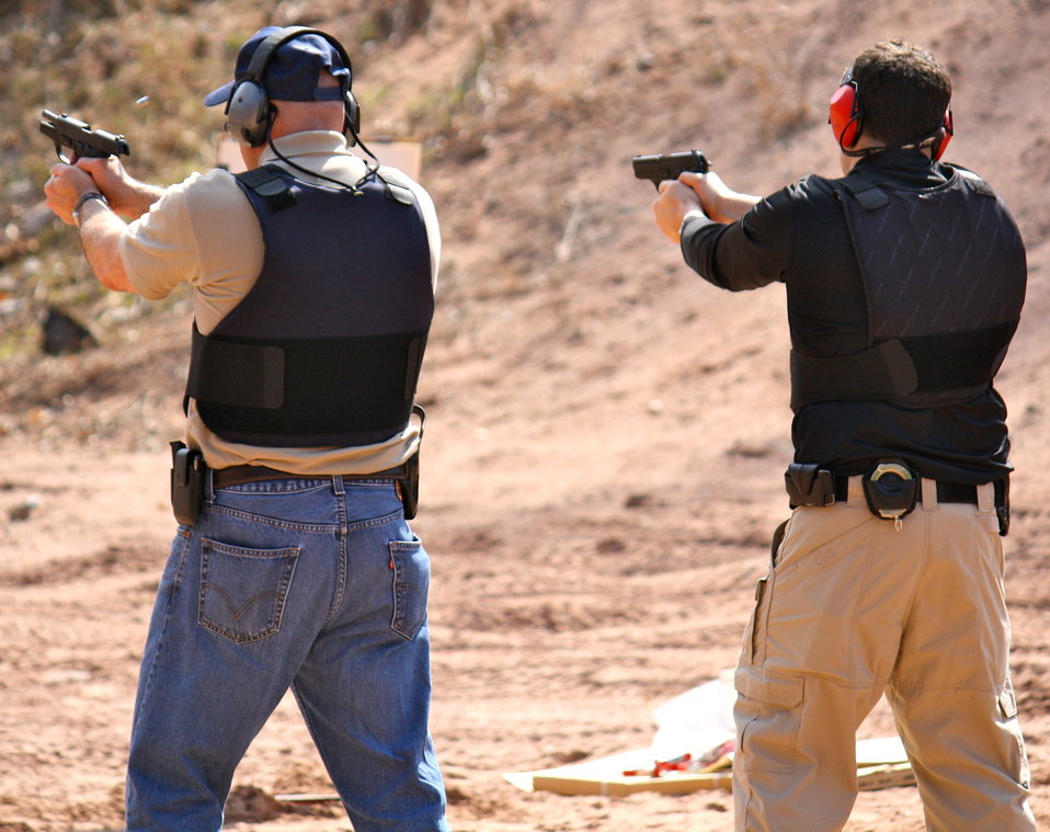 Agents Firing .40 Caliber Handguns