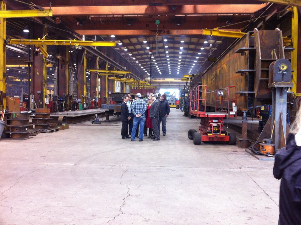 Treasury Secretary Geithner Visits Oregon Iron Works