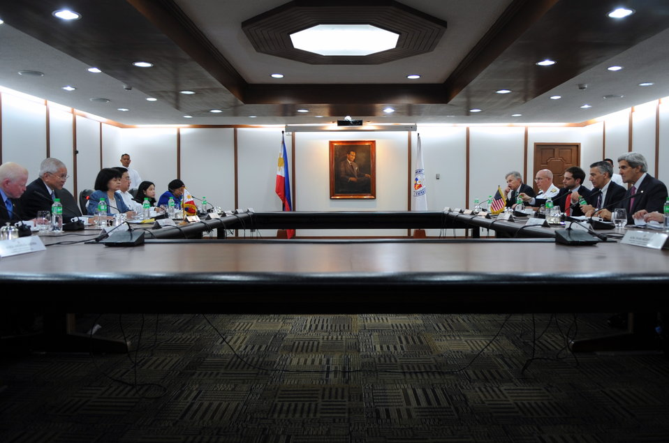 Secretary Kerry and Philippine Secretary Del Rosario Hold a Bilateral Meeting