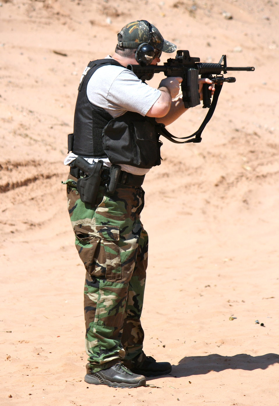 Special Agent Shooting with AR-15