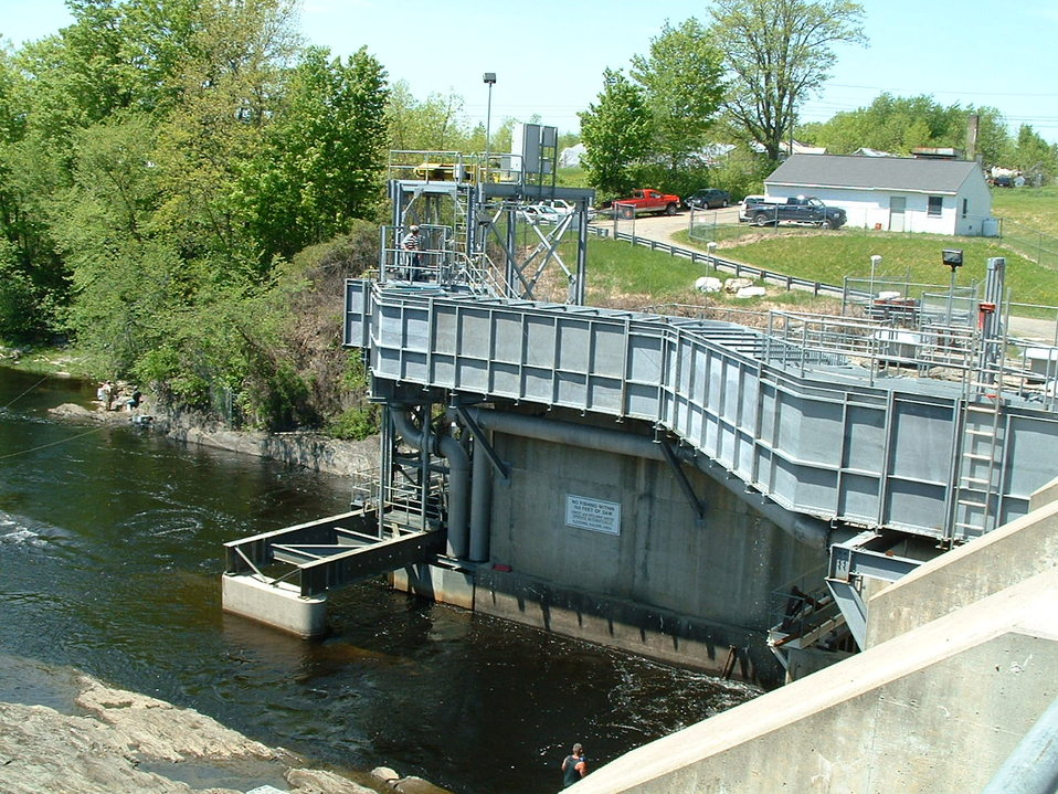 Large fish lift on Sebasticook River