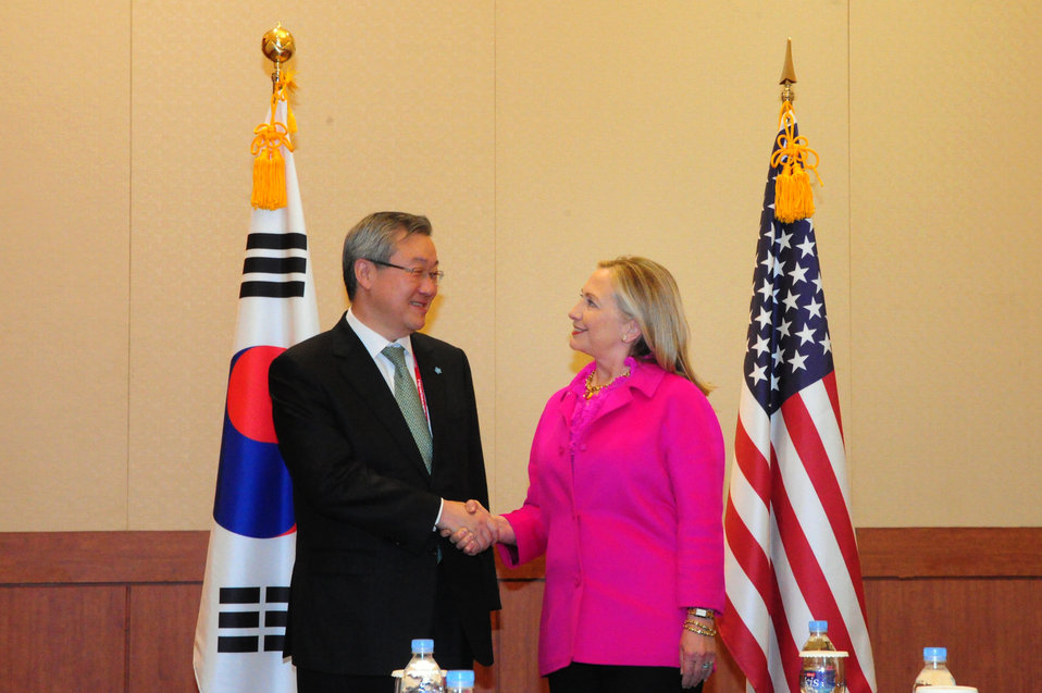 Secretary Clinton Meets With South Korean Foreign Minister Kim