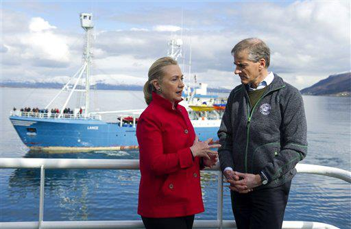 Secretary Clinton and Norwegian Foreign Minister Store Participate in an Arctic Research Vessel Tour