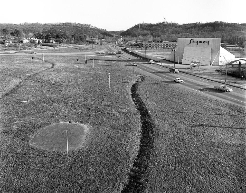 Illinois Ave. Skyway Drive In Oak Ridge 1968