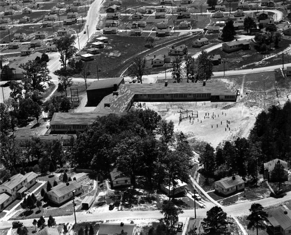 Elm Grove School 1940s Oak Ridge