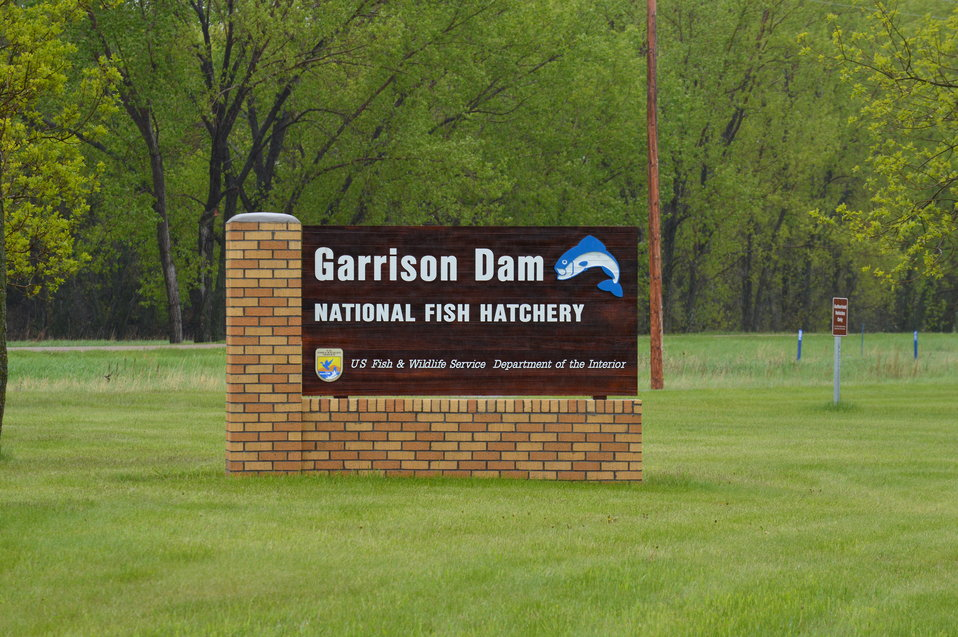 Garrison Dam NFH sign