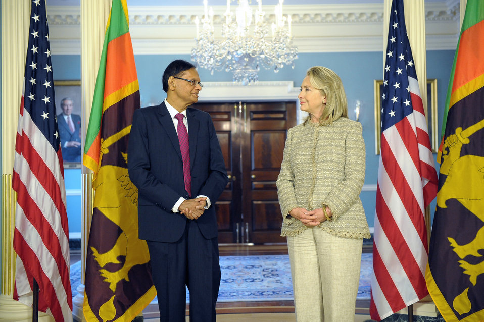 Secretary Clinton Meets With Sri Lankan External Affairs Minister Peiris