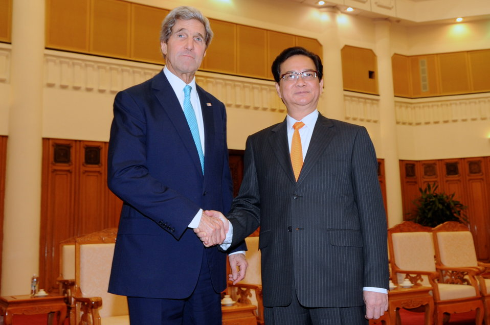 Secretary Kerry Meets With Vietnamese Prime Minister Dung