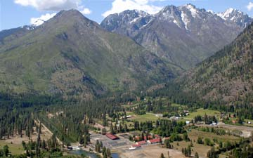 Mountains surrounding Leavenworth National Fish Hatchery