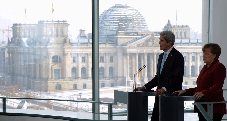 Secretary Kerry, German Chancellor Merkel Address Reporters in Shadow of Reichstag