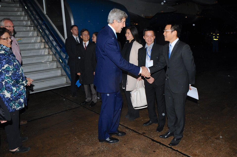 Secretary Kerry Arrives in Hanoi, Vietnam