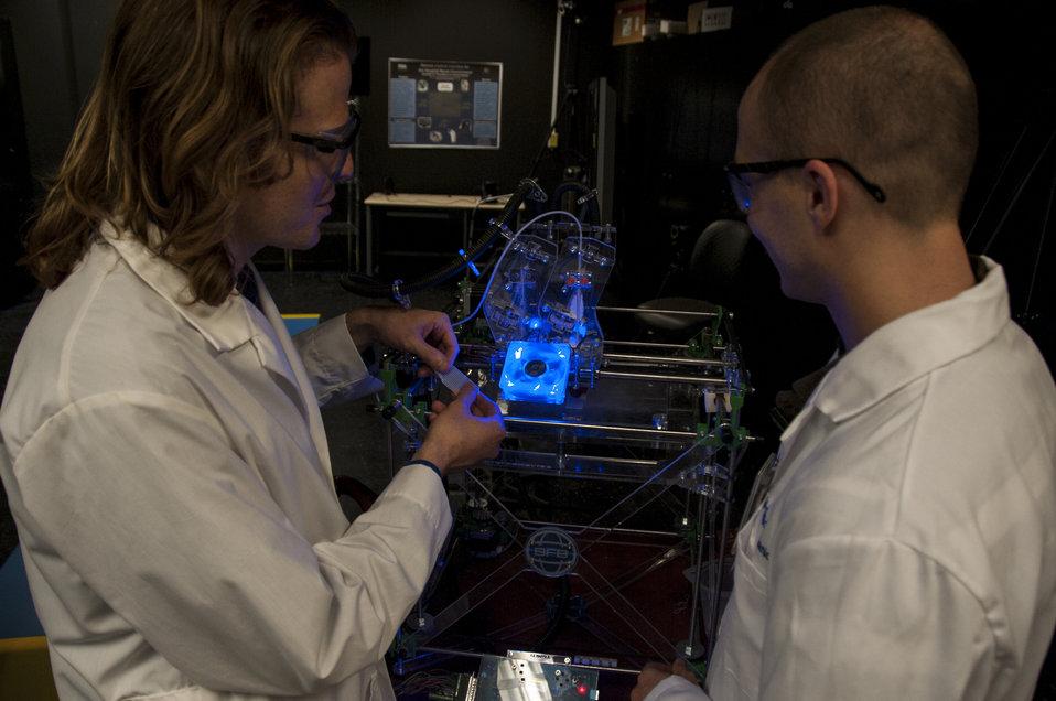 3-D Printing at FDA (8242)