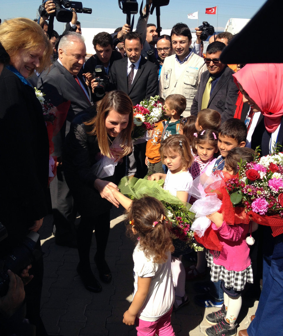 Deputy Secretary Higginbottom and Assistant Secretary Richard Speak With Syrian Refugee Children