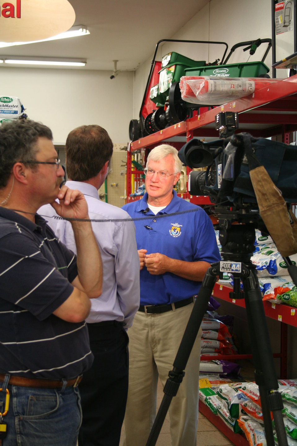 USFWS Dave Tilton discusses sea lamprey control with media