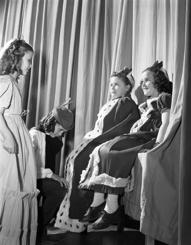 Glennwood School G.S. Play Oak Ridge 1947