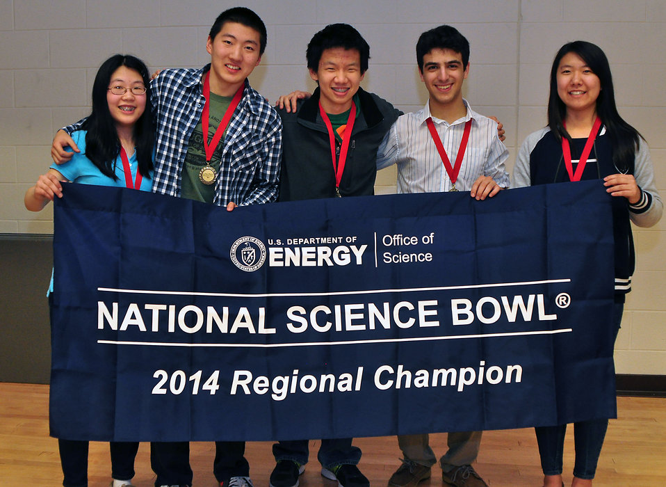 First Place Oak Ridge HS 2014 TN DOE Science Bowl