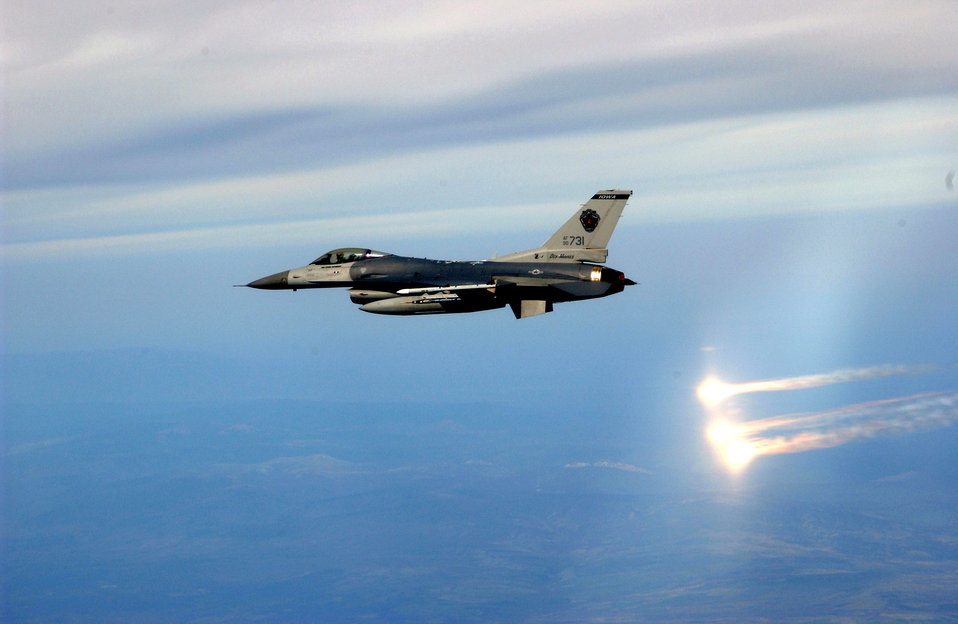 Fighting Falcon shines at Northern Edge
