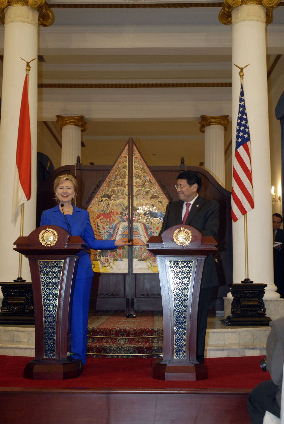 Secretary Clinton With Indonesian Foreign Minister