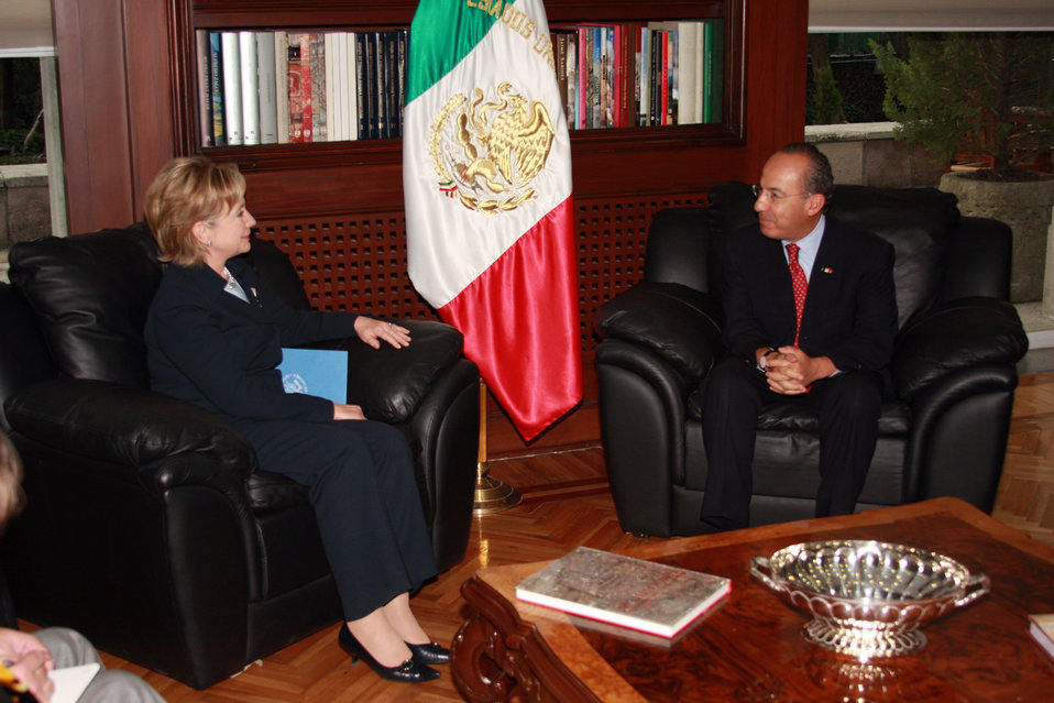 Secretary Clinton Meets Mexican President