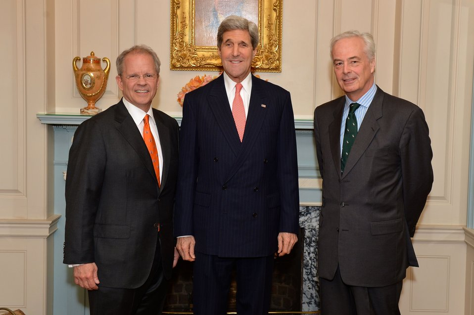 Secretary Kerry and Ambassadors Broas and Bekink Pose for a Photo