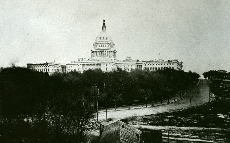 Capitol in mourning following death of Abraham Lincoln 1865