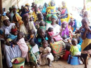 Sudanese Refugees Line Up for Medical Consultations