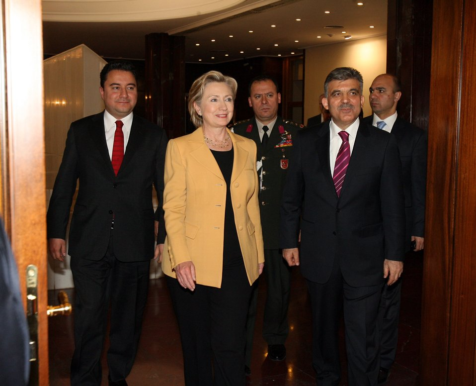 Secretary Clinton Visits Presidential Palace in Ankara