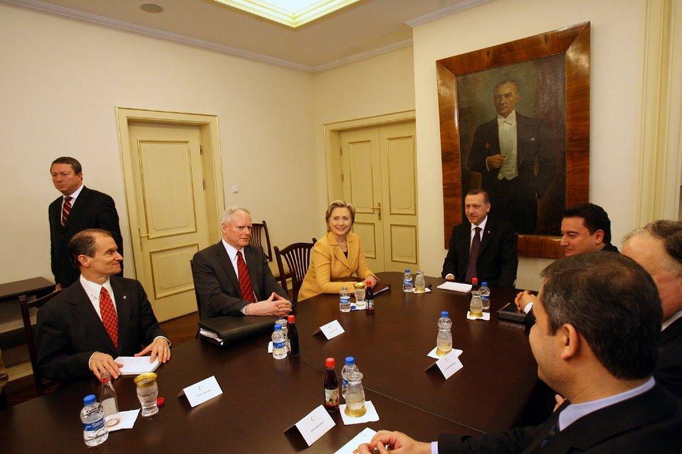 Secretary Clinton Meets With Turkish Prime Minister