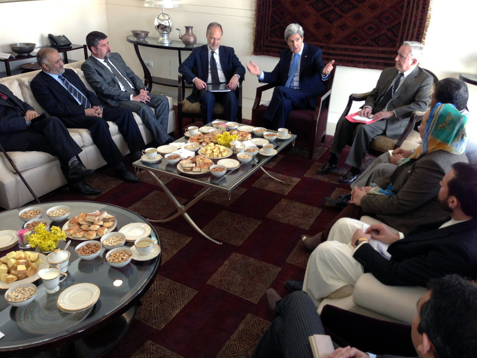 Secretary Kerry Participates in Afghan Elections Stakeholders Roundtable