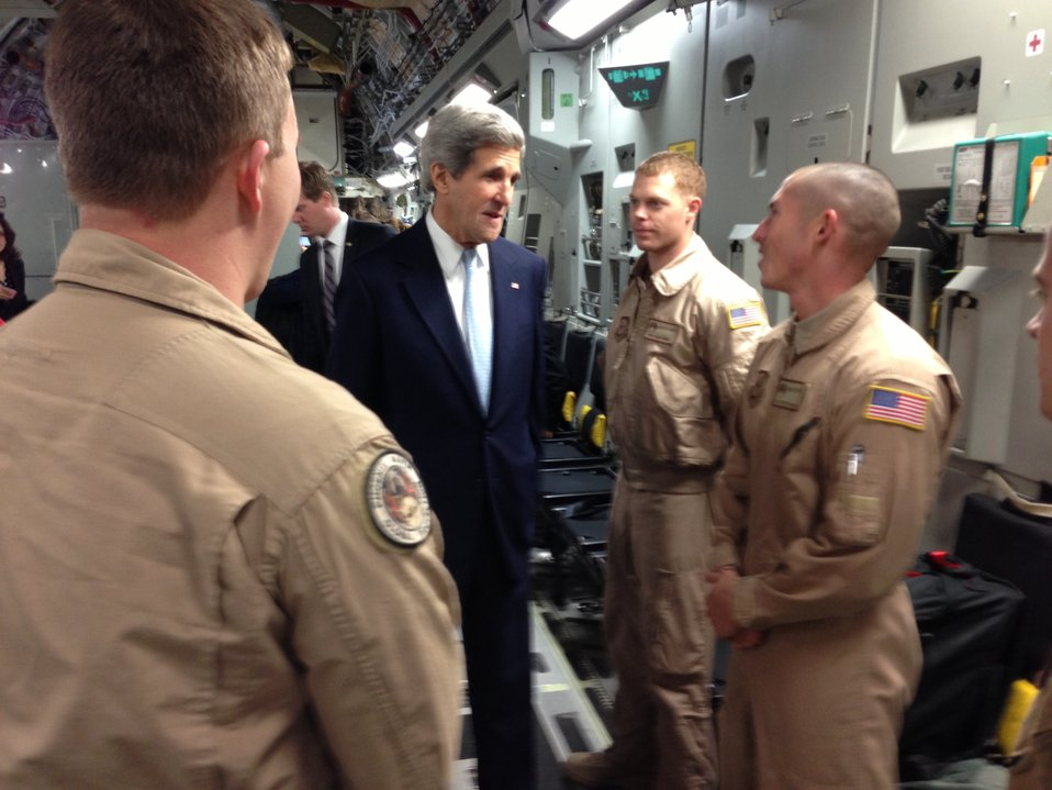 Secretary Kerry Greets His Flight Crew
