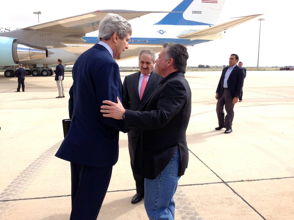 Secretary Kerry and Jordan's King Abdullah Chat as Air Force One Departs Jordan