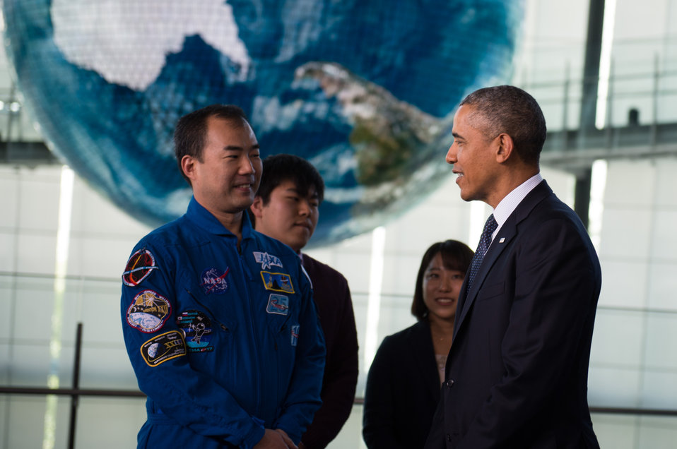 President Obama Talks to Japanese Astronaut and Students