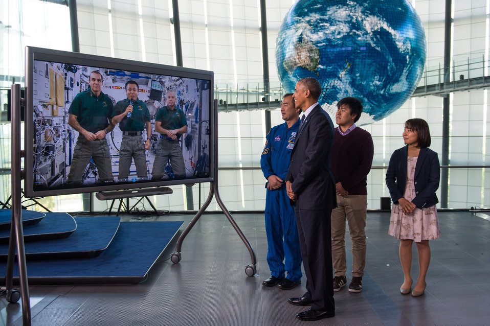 President Obama Watches Space Station Video