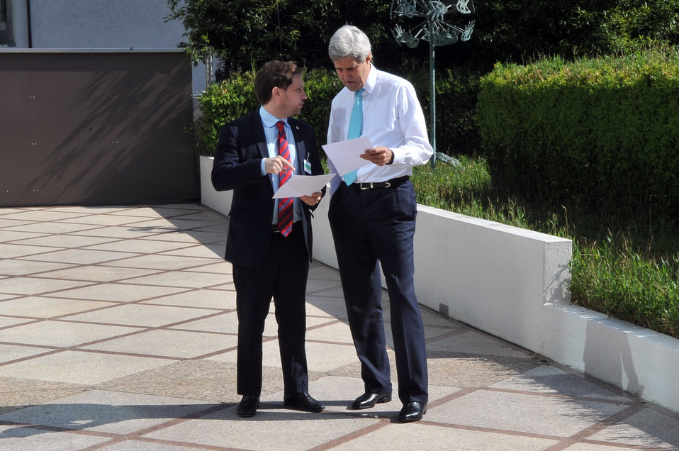 Secretary Kerry Confers With Deputy Chief of Staff Finer During Break in Ukraine Talks
