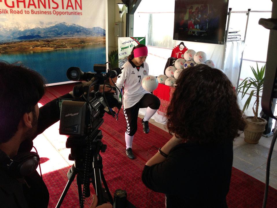 Secretary Kerry Tours Women's Entrepreneurship Showcase in Kabul